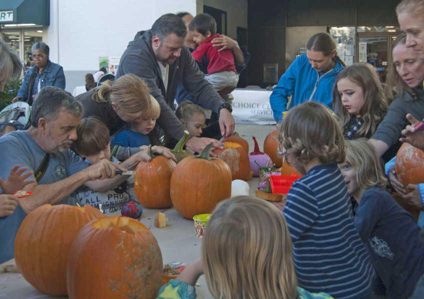 Pumpkin Festival Brings Fun And Protects Forest Preserve